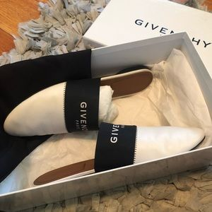 Givenchy Logo Slippers
